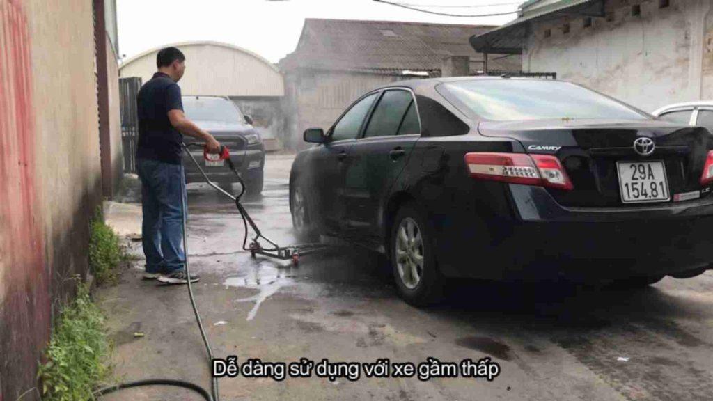 Xịt gầm lốc xoáy dễ dàng sử dụng với xe gầm thấp